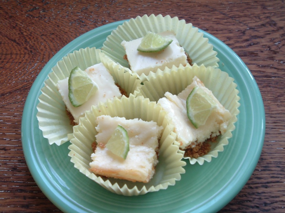 Alas I have no pie photos, but I do have Key Lime Bars.