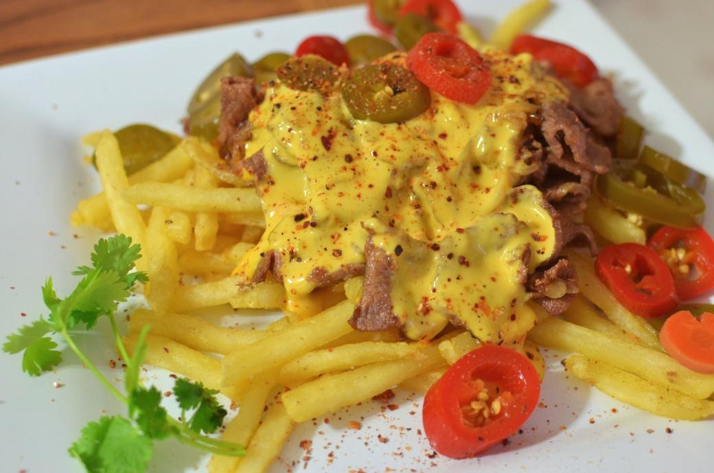 moar cheesesteak fries