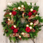 festive-holiday-wreaths