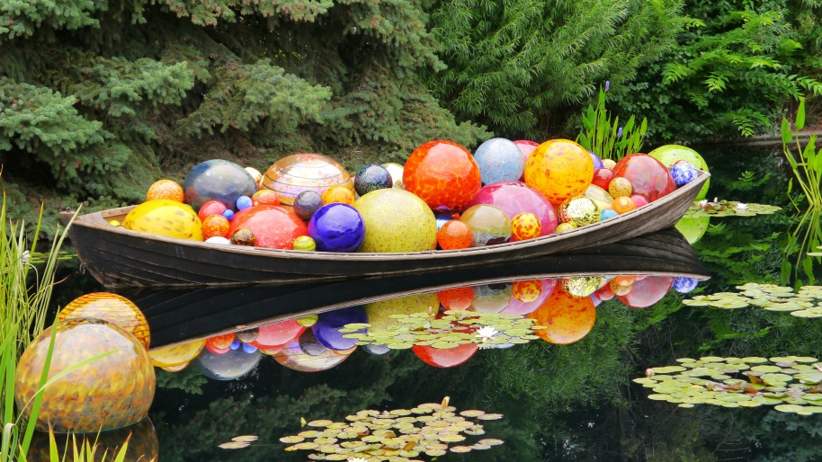 Boat of Glass Balls