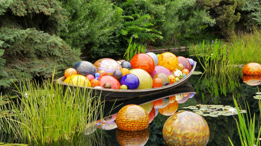 Boat of Glass Balls2