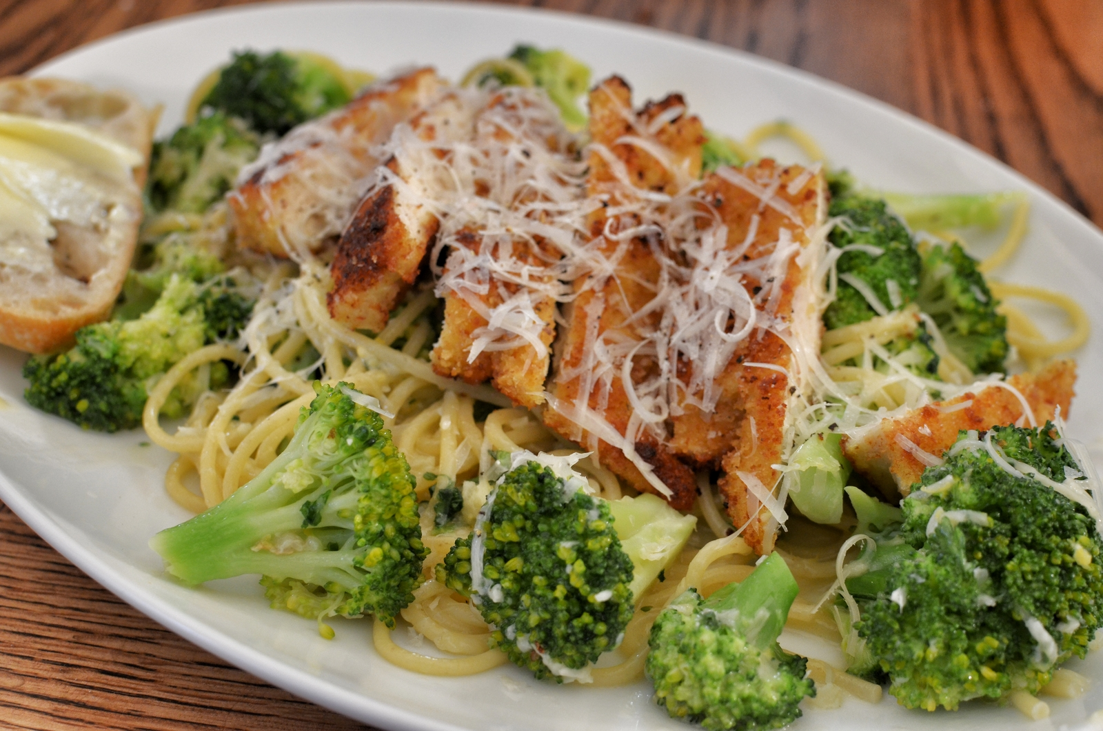 Pasta pr0n breaded chicken cutlets with spaghetti and broccoli pasta pr0n breaded chicken cutlets with spaghetti and broccoli forumfinder Images