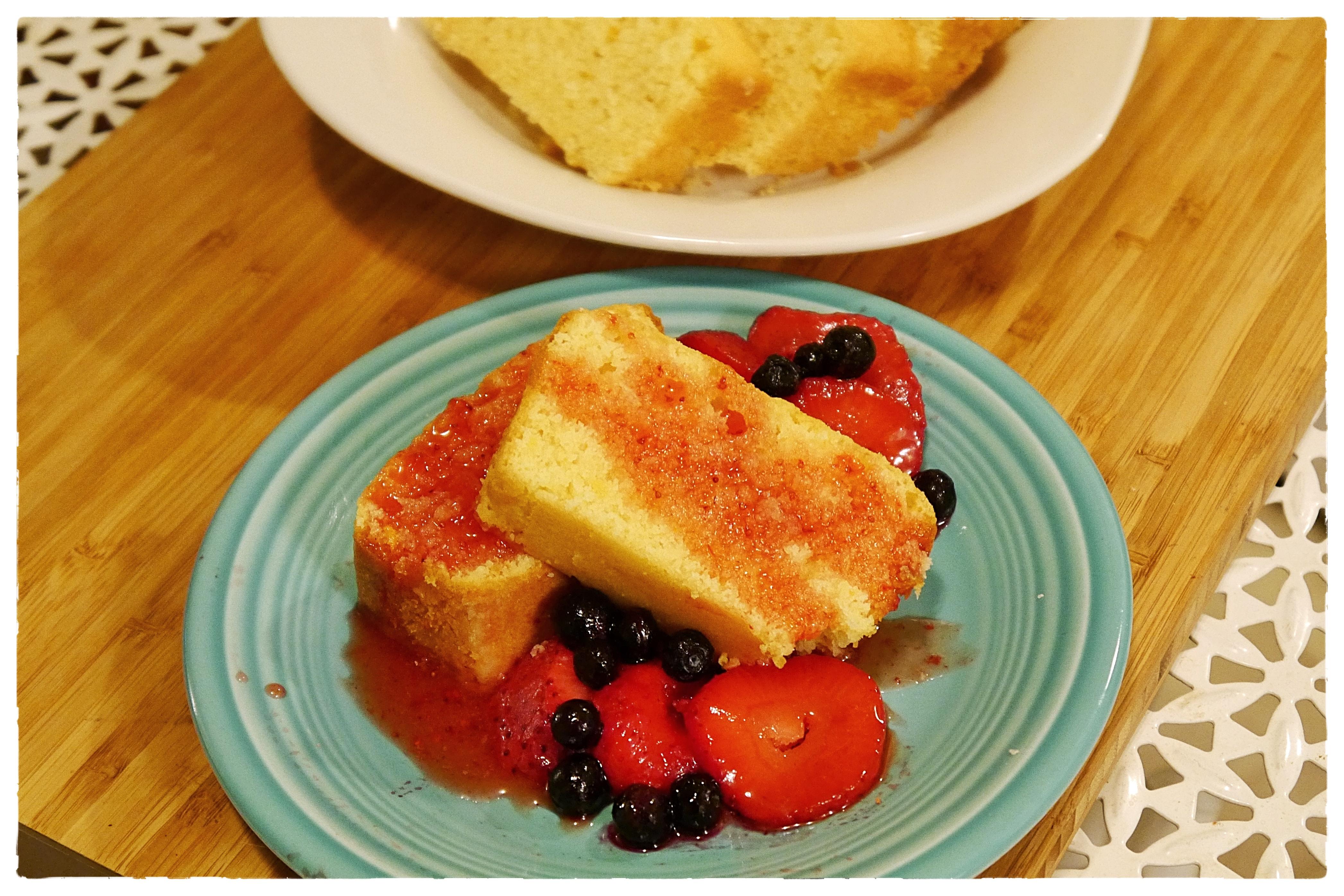 Strawberry Lemonade Pound Cake2