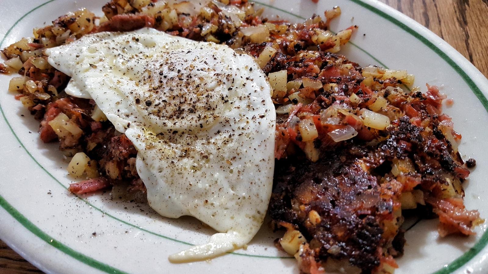 Breakfast Pr0n – Pastrami Hash | What's 4 Dinner Solutions